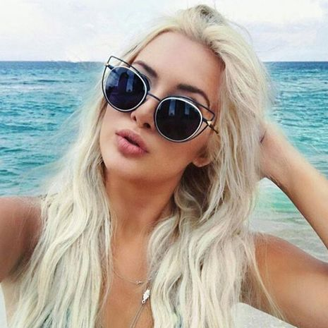 New Fashion Gold Wire Frame Cat Eye Sunglasses Street Shot Fashion Show Sunglasses wholesale nihaojewelry NHFY224943's discount tags