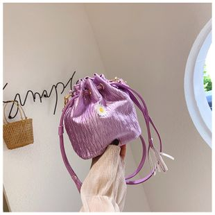 été mini sac chaîne sac pierre motif fleur seau sac nouveau unique épaule messenger sac en gros nihaojewelry NHTC225167's discount tags