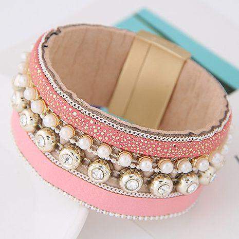 nouvelle tendance métal magnifique flash diamant perle multicouche en cuir tempérament sauvage mode boucle magnétique bracelet en gros nihaojewelry NHSC225546's discount tags