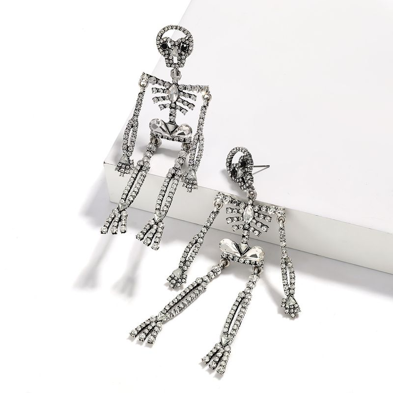 fashion creative design sense alloy rhinestone diamond skull earrings wholesale nihaojewelry NHJE225299