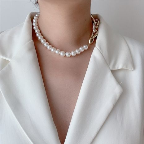 baroque retro pearl buckle thick chain stitching clavicle chain choker wholesale nihaojewelry NHYQ225644's discount tags