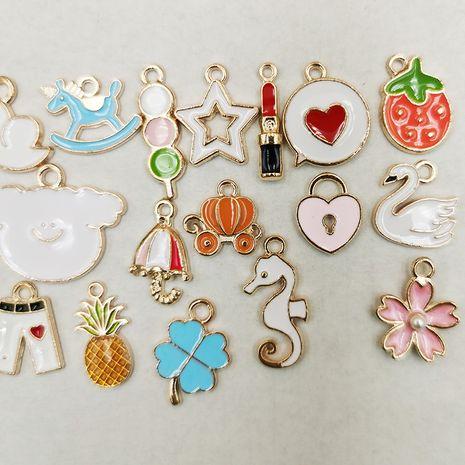 DIY accesorios de joyería coreana aleación goteo de aceite pequeño colgante puesto pulsera pendientes pendientes al por mayor nihaojewelry NHDI225787's discount tags