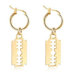bijoux chauds créatifs punk exagéré boucles d'oreilles lame boucle d'oreille cerceau en gros nihaojewelry NHGO226661's discount tags