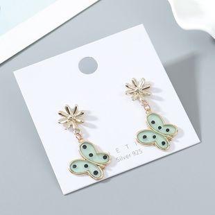 Hada francesa hada dorada mariposa creativa salvaje S925 aguja de plata al por mayor nihaojewelry NHPS227063's discount tags