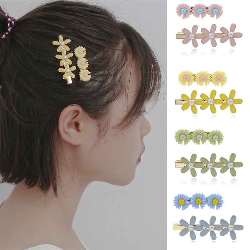fashion jewelry simple three-dimensional sweet flower hair accessories personality design sense small daisy suit hair clip  wholesale nihaojewelry NHXR221355