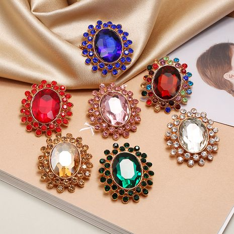 fashion retro exaggerated high-end luxury diamond brooch fashion ultra flash oval sweater brooch wholesale nihaojewelry NHKQ221450's discount tags