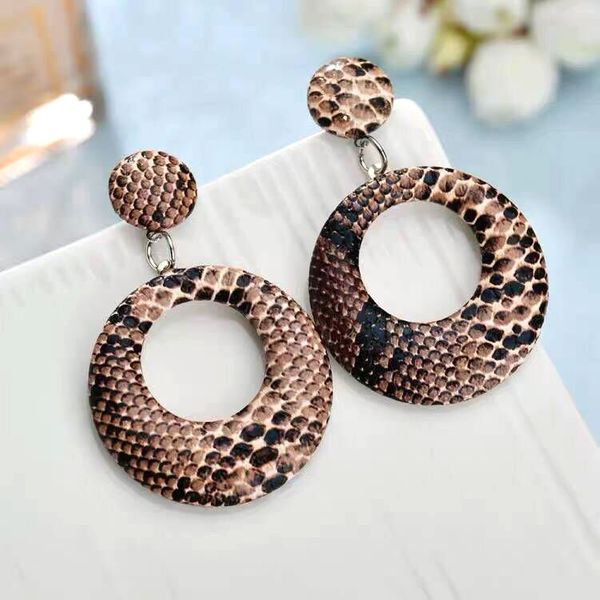 fashion simple snakeskin pattern large circle temperament exaggerated earrings  wholesale nihaojewelry NHSC221629