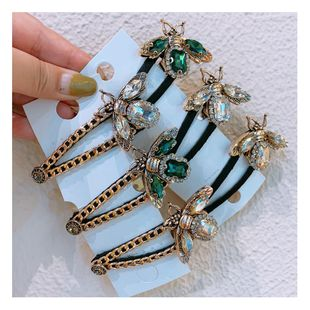 Original Korean retro rhinestone small bee diamond chain clip word bangs broken hair side clip jewelry  wholesale nihaojewelry NHHD221501's discount tags