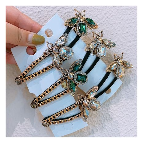 Original Korean retro rhinestone small bee diamond chain clip word bangs broken hair side clip jewelry  wholesale nihaojewelry NHHD221501's discount tags