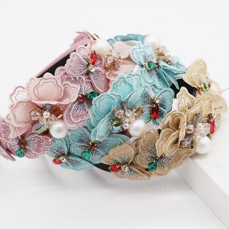 Nouvelle mode tempérament multicouche papillon géométrie diamant-set accessoires de cheveux sauvages personnalité multi-couleur bal dames bandeau en gros nihaojewelry NHWJ221515's discount tags