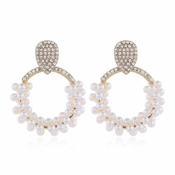 Korean fashion new trend diamond earrings personality atmosphere retro pearl earrings  wholesale nihaojewelry NHVA221558