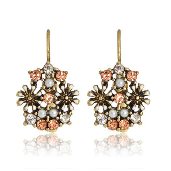 Nuevos Pendientes Pendientes de aleación de flor de perla de diamante vintage Pendientes al por mayor nihaojewelry NHBO221590