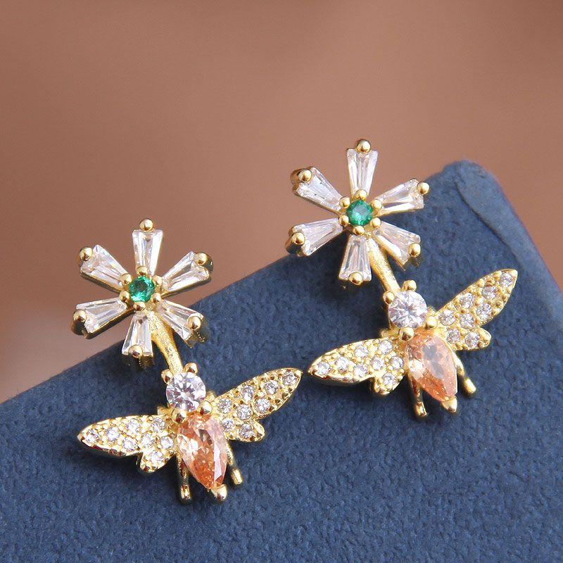 exquisite Korean fashion sweet zircon wild bee flower earrings wholesale nihaojewelry NHSC227551