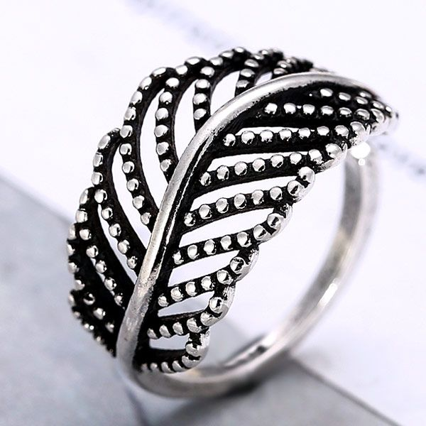 Korean fashion retro simple hollow love leaf open ring wholesale nihaojewelry NHSC228025