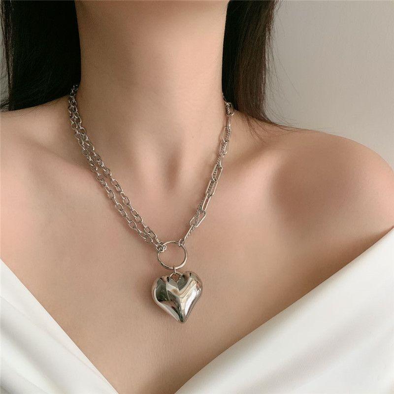 asymmetric chain peach heart necklace earth cool jump di heart-shaped clavicle chain choker neck chain wholesale nihaojewelry NHYQ227595