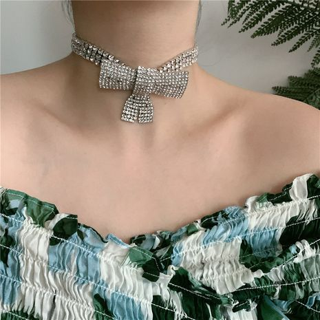 fashion full diamond geometric bow choker necklace exaggerated clavicle neck chain tide wholesale nihaojewelry NHYQ227597's discount tags