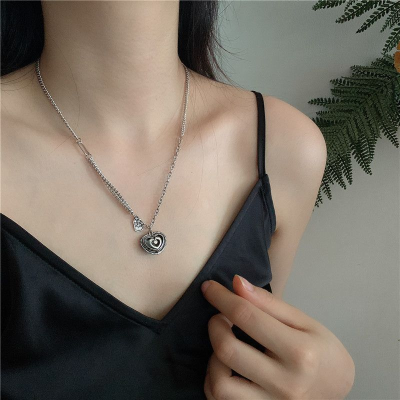 Korean love necklace niche design clavicle chain heart-shaped retro simple jewelry wholesale nihaojewelry NHYQ227622