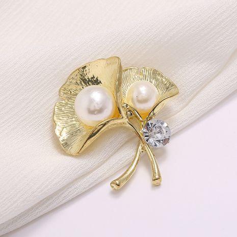 popular jewelry hot selling diamond alloy brooch accessories ginkgo leaf brooch wholesale nihaojewelry NHJJ227671's discount tags