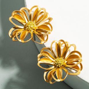 Korea metal hollow delicate flower earrings sub-golden S925 silver needle hypoallergenic earrings wholesale nihaojewelry NHLN227721's discount tags