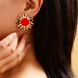 sun flower stud earrings women fashion gold-plated sun earrings ladies street shooting fashion oil drop earrings NHOT228007's discount tags