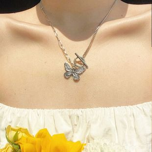New retro thick line butterfly necklace fashion simple necklace wholesale nihaojewelry NHOT227986's discount tags