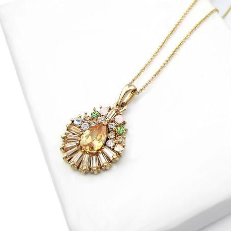 Nouvelle couleur de mode zircon citrine pendentif chaîne de clavicule courte collier fille en gros nihaojewelry NHLJ228388's discount tags