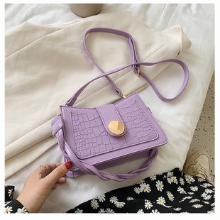 Summer bag new tide chain single shoulder armpit bag French bag messenger bag wholesale nihaojewelry NHTC229122's discount tags