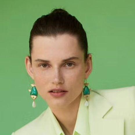 Creative alliage résine vert carpe imitation boucles d'oreilles perles nouvelle tendance boucles d'oreilles en gros nihaojewelry NHJE229210's discount tags