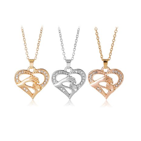 Explosion Necklace Creative Mother's Day Gift Wild Tricolor Holding Hands Heart-shaped Clavicle Chain wholesale nihaojewelry NHMO229234's discount tags
