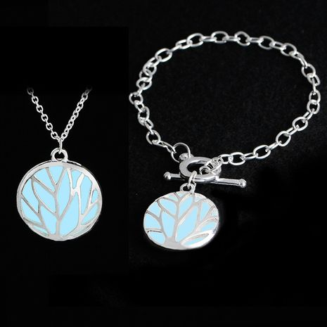 explosion models hollow luminous tree pattern pendant necklace bracelet Glowing in the dark Jewelry wholesale nihaojewelry NHMO229254's discount tags