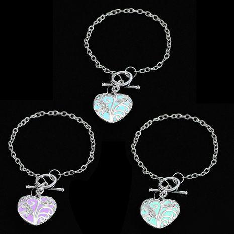 pulsera moda dulce amor pulsera de diamantes tendencia patrón luminoso pulsera de señoras al por mayor nihaojewelry NHMO229256's discount tags