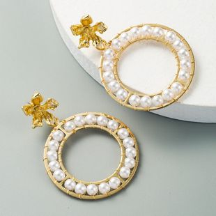 fashion flower earrings geometric circle hand-woven pearl earrings wholesale nihaojewelry NHLN229313's discount tags