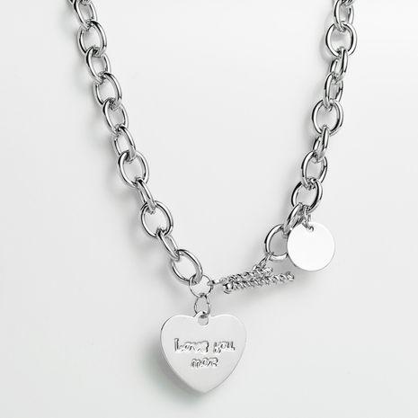 alliage de chaîne de cou court amour en forme de coeur collier chaîne de clavicule lettrage LOVE style accessoires hip-hop en gros nihaojewelry NHLN229314's discount tags