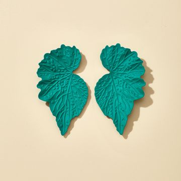exaggerated jewelry Korean long metal leaf earrings wholesale nihaojewelry NHGY229326
