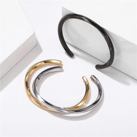fashion simple titanium steel C-shaped opening bracelet couple bracelet wholesale nihaojewelry NHZU229681's discount tags