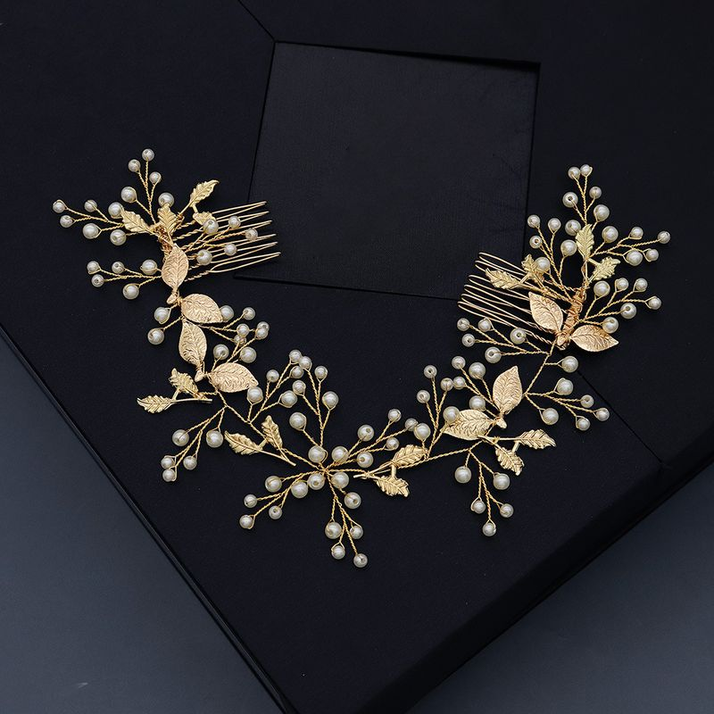 Korean wedding jewelry beautiful pearls wedding photography bride hair plug comb wholesale nihaojewelry NHHS229697