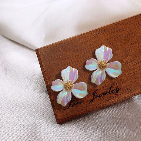 Boucles d'oreilles de fleurs colorées coréennes nouvelles boucles d'oreilles super fées simples fille douce boucles d'oreilles en gros nihaojewelry NHXI229778's discount tags