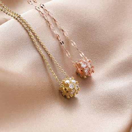 Rétro mode zircon cylindrique pendentif collier court coréen élégant populaire géométrique clavicule chaîne en gros nihaojewelry NHMS229805's discount tags