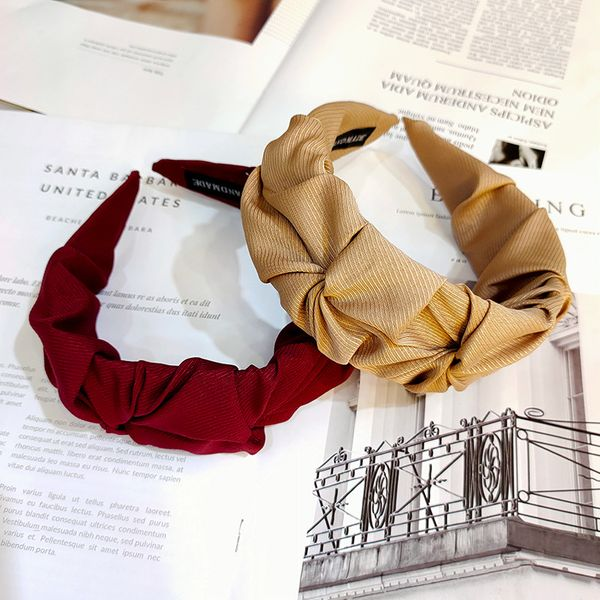 Korean retro high-end fabric twill wide-brimmed hair band solid color fold pressure hair band wholesale nihaojewelry NHUX229940