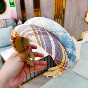 Korean super simple lattice hair hoop flat press hairpin fashion high-end hair hoop wholesale nihaojewelry NHUX229944's discount tags