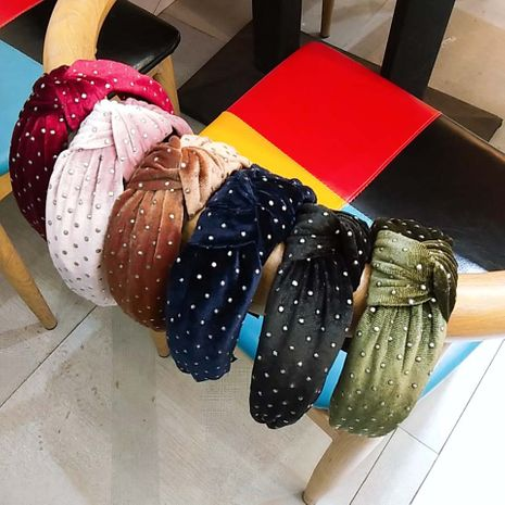 Korean new gold velvet knotted wide-edge hot diamond fashion hair accessories solid color fabric headband wholesale nihaojewelry NHUX229954's discount tags