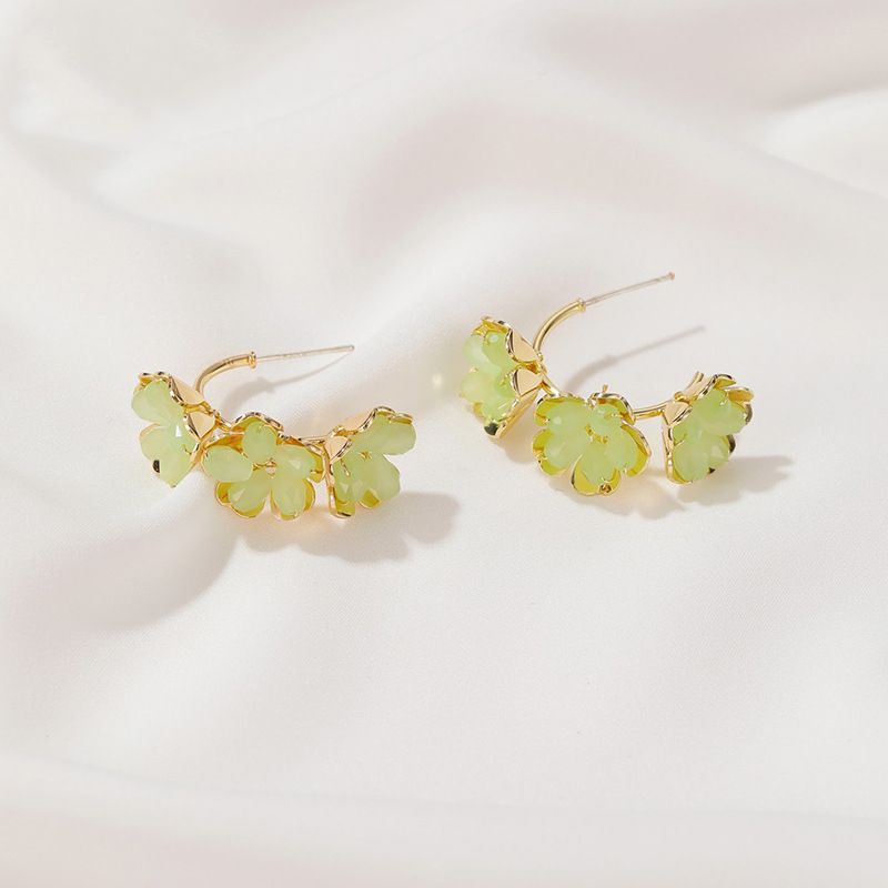 S925 silver needle earrings Korean arts and crafts crystal flower earrings new sweet three flower earrings wholesale nihaojewelry NHDP229546