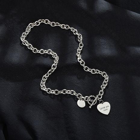 rétro nouveaux produits vente chaude titane acier hip hop coeur pendentif collier en gros nihaojewelry NHHF229576's discount tags