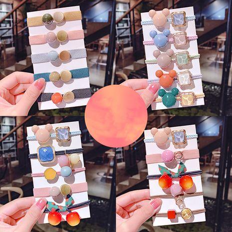 Nuevos gomas para el cabello Cuerda de la cabeza de Corea cuerda de pelo de perla chica tocado de goma simple tocado al por mayor nihaojewelry NHNA229610's discount tags