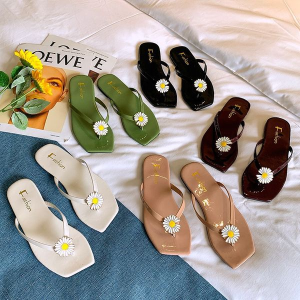 summer new outer wear Korean small Daisy flip flops flat bottom solid color comfortable casual slippers wild wholesale nihaojewelry NHYR221875