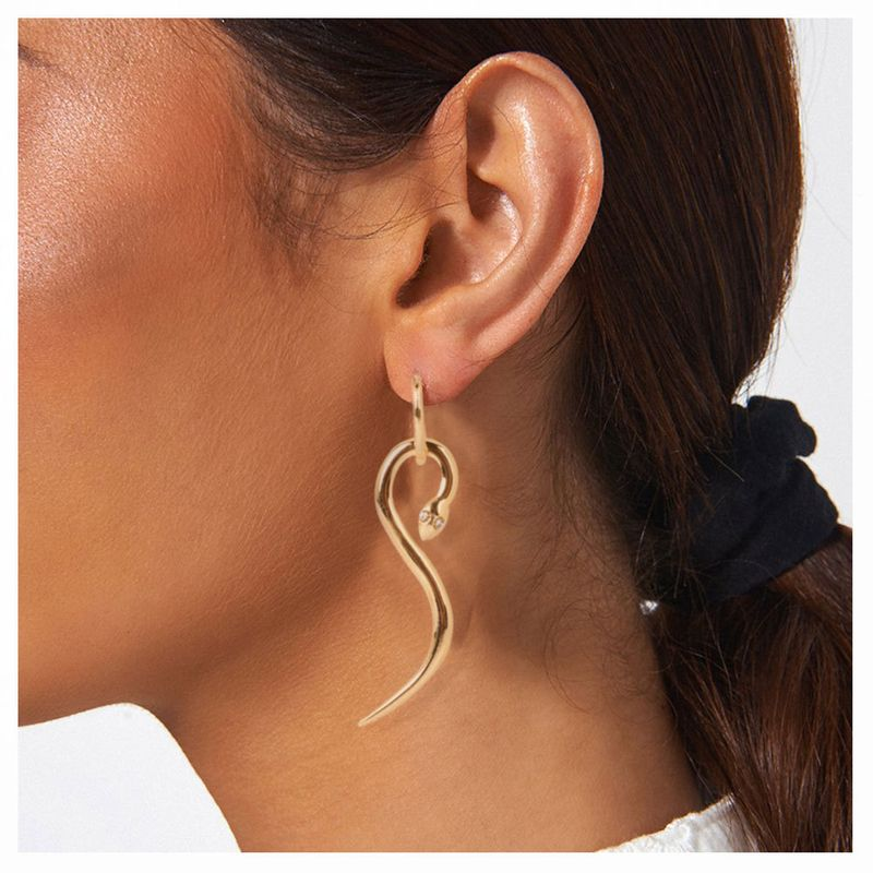 fashion style exaggerated jewelry fashion geometric earrings wholesale nihaojewelry NHCT230197