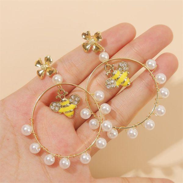 geometric woven bee pearl earrings earring fashion exaggerated round flower earrings jewelry wholesale nihaojewelry NHLA222317