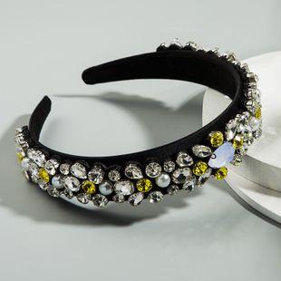 Diadema de ala ancha de diamante completo simple retro barroco tela de gama alta con incrustaciones de diamantes de imitación de lujo damas de graduación diadema al por mayor nihaojewelry NHLN222460's discount tags