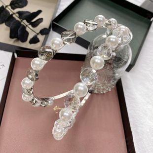 Aro de pelo de perla barroca Coreano hecho a mano cristal cueva de pelo novia accesorios para el cabello diadema de bordes finos nihaojewelry al por mayor NHSM222222's discount tags