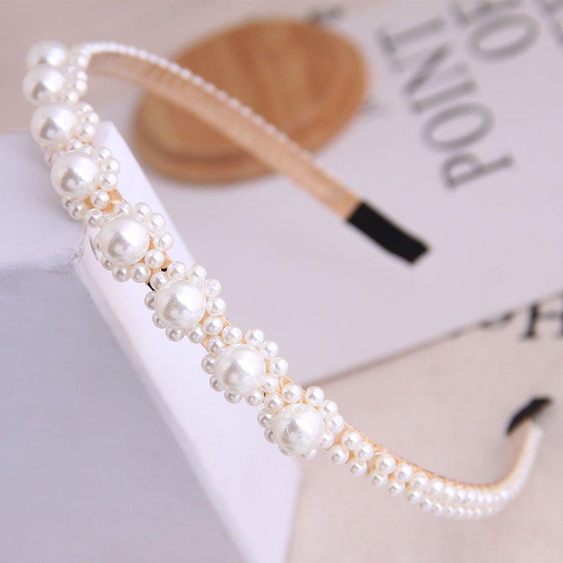 Mode corenne toutallumette fleurs simples et dlicates perles dames simple bandeau accessoires pour cheveux bandeau en gros niihaojewelry NHSC223419